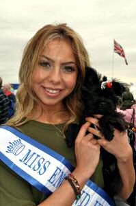 Solitaire with Miss England (abi)